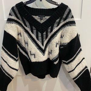Long sleeve chunky sweater
